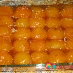 When the apricots are completely cooled, transfer them with the syrup to a container, cover and refrigerate.