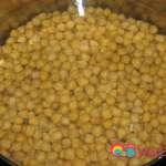 Add the chickpeas to a 7 quart saucepan and add about 2 to 3 inches of water.