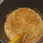 Stir together the bulgur with the vermicelli.